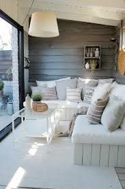 Bilderesultat for hagestue Garage, Couch, Furniture, Home Decor, Drive Way, Homemade Home Decor, Sofa, Couches, Home Furnishings