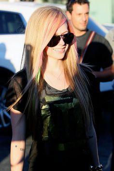 I love her freaking smile:]]]<3