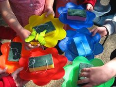 Make Butterfly Feeders: sponges soaked in sugar/water nectar & hung near flowers, etc. Keep the sponges wet each day. Cool, easy toddler activity for Spring! :) school crafts, butterflies, bird feeders, butterfli feeder, girl scout, flowers garden, toddler activities, teach idea, kid