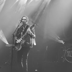 Hozier at the Apollo in Manchester on January 9, 2016.  https://www.instagram.com/p/BAVgliVJyph/ #hozierschurch