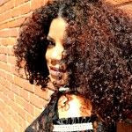 31 BLOGGERS FEATURE: Change of Products as the Season Change/Cambiar tus productos para el pelo en cada temporada via @Daily Curlz    We're showcasing devoted curlygirl bloggers  sharing their natural curl journey with the Natural Curl Community.
