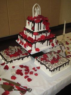 Grand Elegance Cakes Toledo Ohio Red And Black Wedding Cake With Chocolate