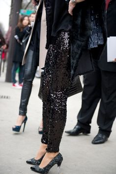my heart skips a beat pretty much anytime i see paillette sequins. Same goes for these pants.