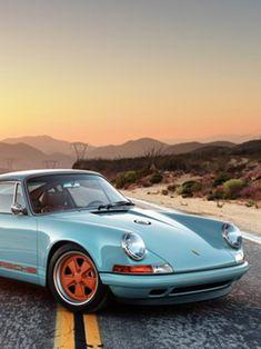 Stunning Porsche 911 re-imagined by Singer Vehicle Design Porsche 911 Gt2, Porsche 911 Singer, Porche 911, Porsche Cars, Singer 911, Porsche Models, Porsche Carrera, Ferdinand Porsche, Bugatti