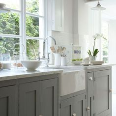 grey cabinets and farmhouse sink.I will have a farmhouse sink! Grey Kitchen Cabinets, Painting Kitchen Cabinets, Kitchen Paint, Kitchen Redo, New Kitchen, Kitchen Dining, Grey Cupboards, Kitchen Ideas, Kitchen Units