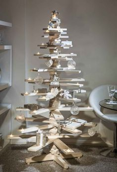 The 26 Most Creative Christmas Trees Ever - BlazePress