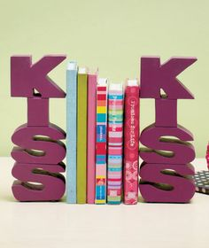 Sets of 2 Colorful Bookends|ABC Distributing