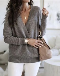 Loving this draped sweater! It's transitional, stylish & soft. See my stories for how to shop this sweater.my tips on how to wear it,… - Pullover Blazer Outfits, Casual Winter Outfits, Sweater Outfits, Fall Outfits, Casual Blazer, Work Outfit Winter, Night Outfits, Mode Outfits, Fashion Outfits