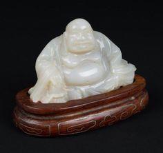 China 20. Jh. Jadeitfigur -A Chinese White Jade Figure of Budai - Chinois Cinese