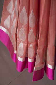 Peach handwoven silk-cotton Chanderi saree hand-picked from weavers by Omnah.