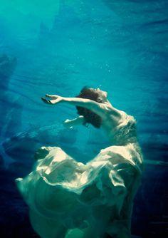 Underwater sex orland