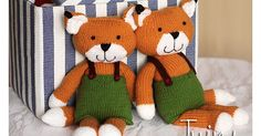 Alex the Knitted Fox measures about 38 cm (about 15 inch).  All pieces of the knitted toy are knitted flat. The pattern includes 10 pages ...