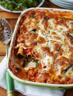 Spinach & Ricotta Cannelloni by Jamie Oliver Veggie Recipes, Vegetarian Recipes, Cooking Recipes, Healthy Recipes, Pasta Recipes, Risotto Recipes, Savoury Recipes, Jamie Oliver, Spinach And Ricotta Canneloni