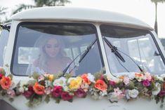 Bride Style Lindo casamento rústico com detalhes e dicas da noiva para inspirar quem gosta da ideia de um casamento leve e cheio de individualidade! #casamento #noiva #kombi #wedding