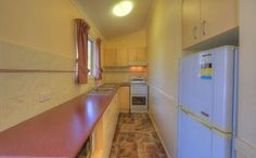 Cook family meals in the 2 bedroom holiday unit kitchen at kahlers oasis.
