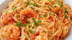 Receita de Macarrão ao Molho de Camarão Spaghetti, Ethnic Recipes, Food, Prawn Pasta, Spaghetti Noodles, Pasta With Shrimp, Sauces For Pasta, Vegetable Stock, Noodle Recipes