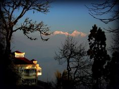 Amazing India, Darjeeling, West Bengal, India Travel, Amazing Destinations, Beautiful Paintings, Landscape Paintings, Beautiful Places, Scenery