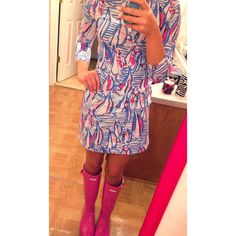 Lilly is the best way to brighten up a rainy day // Lilly dress + Hunters High Fashion Outfits, Preppy Outfits, Preppy Style, Summer Outfits, Cute Outfits, My Style, Preppy Southern, Southern Belle, Southern Prep