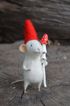 Little Gnome Mouse Felting Dreams READY TO SHIP by feltingdreams