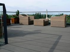 Composiet dakterras tuinstoelen Outdoor Furniture Sets, Outdoor Decor, Home Decor, Interior Design, Home Interior Design, Home Decoration, Decoration Home, Interior Decorating