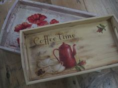 Palet Projects, Chalk Paint Projects, Craft Projects, Projects To Try, Decoupage Box, Decoupage Vintage, Shabby Vintage, Painted Trays, Hand Painted