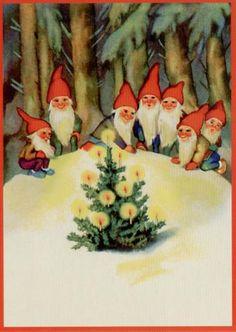 Gnomes around the Xmas tree