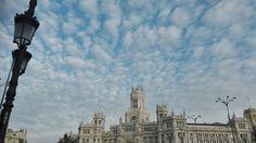 29. Madrid y Cielo.  Salgo de trabajar  vuelvo andando a ver que me encuentro y me encuentro el cielo. #FotoViajes