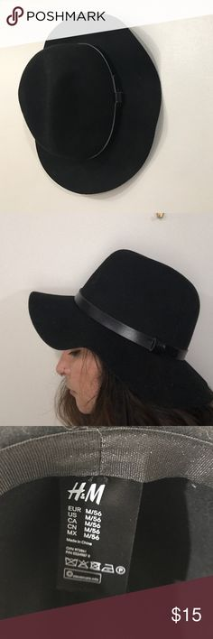 Black felt hat Standard black felt hat. Medium size brim. Worn very few times. Faux leather detailing. H&M Accessories Hats