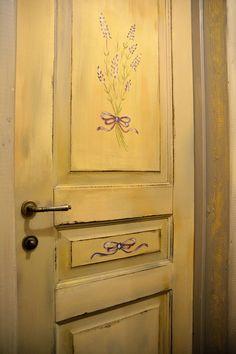 Покраска межкомнатных дверей в стиле прованс