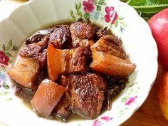 超簡單的滷肉,用媽媽醃曬陳年的蘿蔔葉乾(福菜)來滷肉,滷製中滿屋香氣四竄,福菜的香濃味道,紙筆無法形容,滷好的肉Q彈軟嫩,真忍不住,快來一碗白飯。歡迎您來...