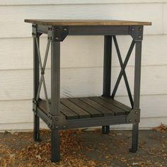 Handmade scrap metal and wood table end table von JRealFurniture