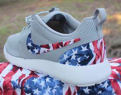 2ac91ca3778b Philadelphia Eagles Nike Roshe Run by GrabbKicks on Etsy Nike Custom