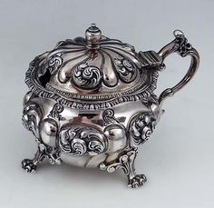 Antique American antique sterling silver mustard pot