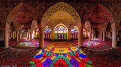 Remarkable beauty: An amazing photo of the incredible Nasir Al-Mulk Mosque, taken with a fisheye lense