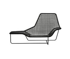Acheter en ligne Lama 1005 By zanotta, bain de soleil en pvc design Ludovica+Roberto Palomba Contemporary Outdoor Furniture, Modern Furniture, Furniture Design, Contemporary Sofa, Space Furniture, Outdoor Armchair, Outdoor Chairs, Outdoor Decor, Lounge Chairs
