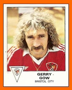 01 - Gerry GOW panini Bristol City