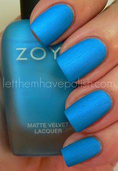 love this nail colour