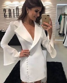 Pinned onto 2018 winter outfits Board in 2018 winter outfits Category Dress Skirt, Dress Up, Evening Dresses, Summer Dresses, Tuxedo Dress, White Outfits, White Fashion, Ideias Fashion, Ready To Wear