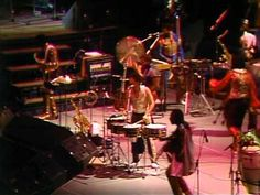 Earth, Wind & Fire | In Concert - YouTube