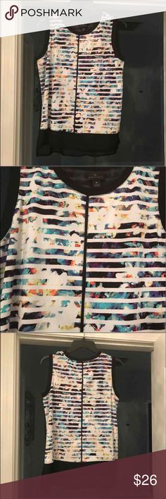 BNWT sleeveless blouse (2 $5 items for $8) BNWT sleeveless blouse. Great for dressing up or down in the spring or summer. Runs true to size. Price is firm unless bundled. Worthington Tops Blouses