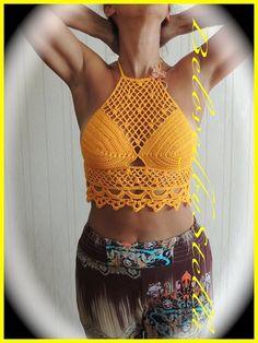 Crochet Top 'Leila'. Handmade in 100% cotton. Hippie/Boho/Coachella. Halter neck. Colour golden yellow.