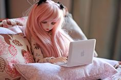 Every doll needs internet access (via ♥Lorti♥'s photostream)