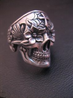 Day of the dead skull ring 2 by flintlockprivateer.deviantart.com
