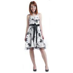 """Abito """"Black Satin Floral Dress"""" del brand #H&RLondon nero con decorazioni floreali, corpetto elasticizzato e sottogonna in tulle. Lunghezza: 86 cm circa. Rockabilly Pin Up, Vintage Mode, Pin Up Style, Vintage Fashion, London, Summer Dresses, Tulle, Black, Ideas"""