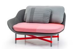 scholten & baijings characterize ottoman for moroso with soft curves