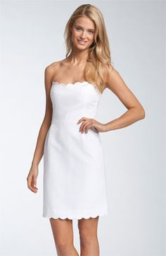 a simple dress is an empty stage - perfect for key-piece-jewerly / kate spade new york 'teasdale' strapless jacquard dress White Fashion, Look Fashion, Fashion Beauty, Bride Party Dress, Rehearsal Dress, Vogue, Jacquard Dress, Little White Dresses, Trends