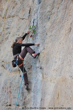 Lynn Hill - Gétû, China, during the @Petzl Rock Trip // Photo Maurizio Oviglia