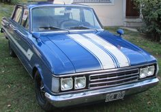 Trendy antique cars for sale vehicles 31 ideas Ford Falcon, Antique Cars For Sale, Best Cars For Women, Racing Car Design, New Luxury Cars, Disney Cars Birthday, Cute Cars, Car Show, Dream Cars