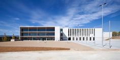 International School of Camp in Salou designed by the architects Josep Benedito, Gaspar Costa, Jordi Adell and Mariona Benedito.