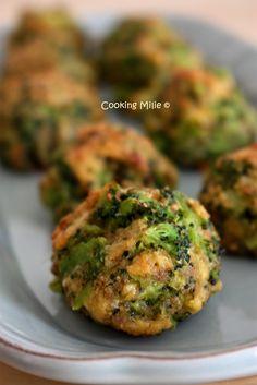 J'ai enfin testé une recette de Tasty que je suis assidument sur facebook. Ils proposent des videos très ludiques de cuisine avec de supers idées. Préparez vous à voir pleins de leurs idées sur mon blog car j'ai déjà mis quelques recettes de côté ;) Ingrédients...